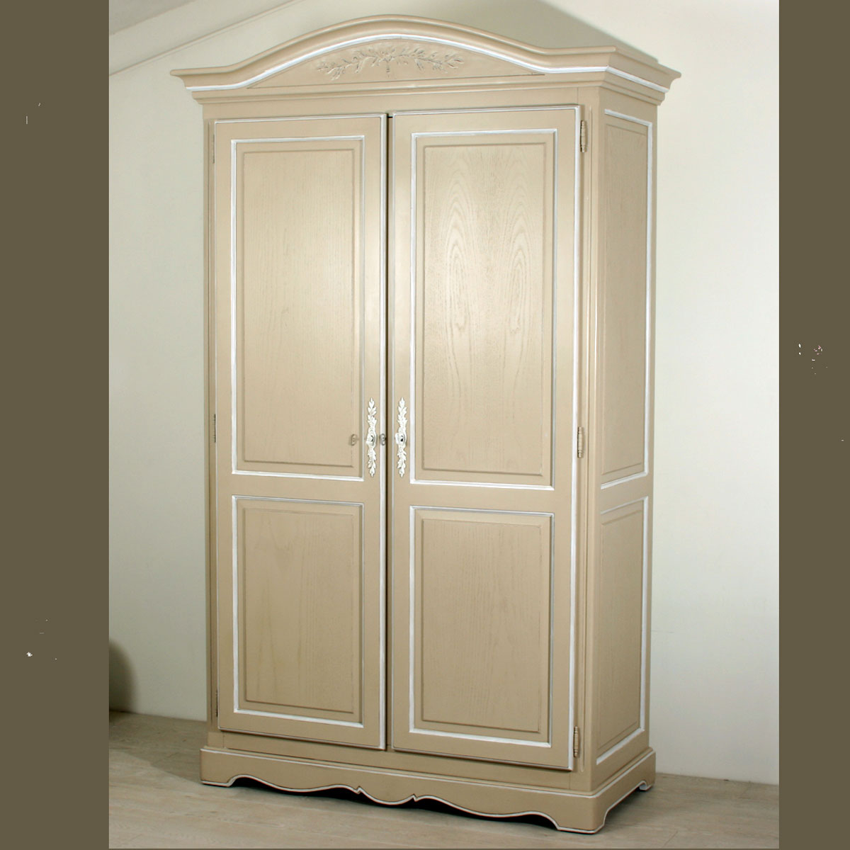 armoire anth or deux portes ref t19 l 39 atelier du moulin de provence. Black Bedroom Furniture Sets. Home Design Ideas