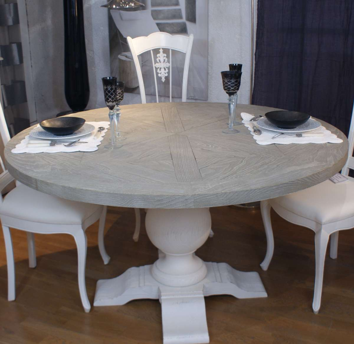 table ronde pied central diam tre 140 r f t197 l 39 atelier du moulin de provence. Black Bedroom Furniture Sets. Home Design Ideas