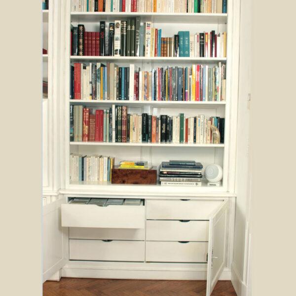 Meuble-bibliothèque-sur-mesure