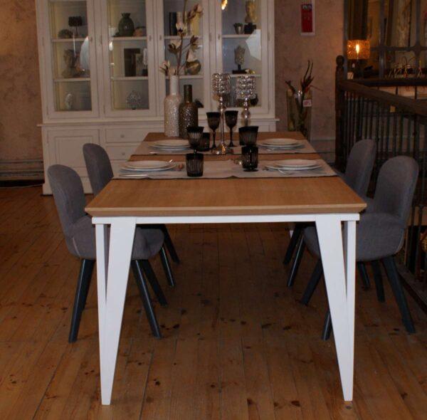 Table repas plateau chêne, pieds jumeaux ________ Réf T208