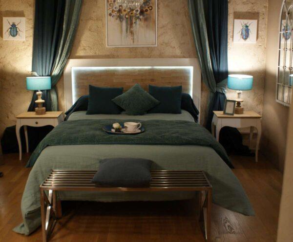"Tête de lit "" Lourmarin "". T73 PI"